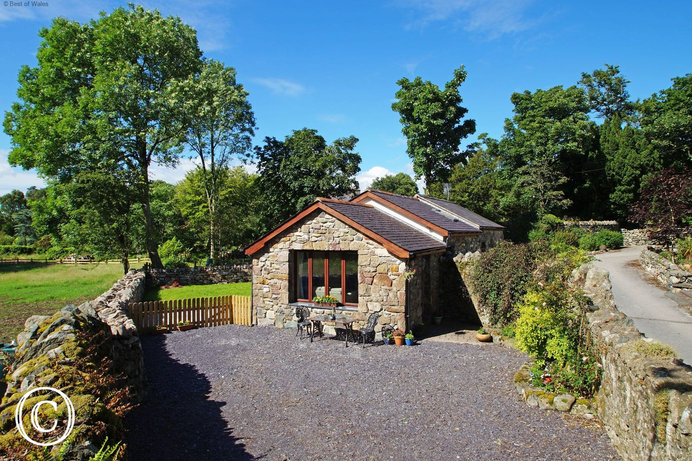 Self catering Llanberis holiday cottage - Snowdon nearby