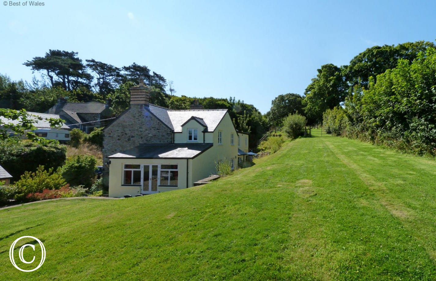 Large lawn area at rear of this Newport Holiday Cottage