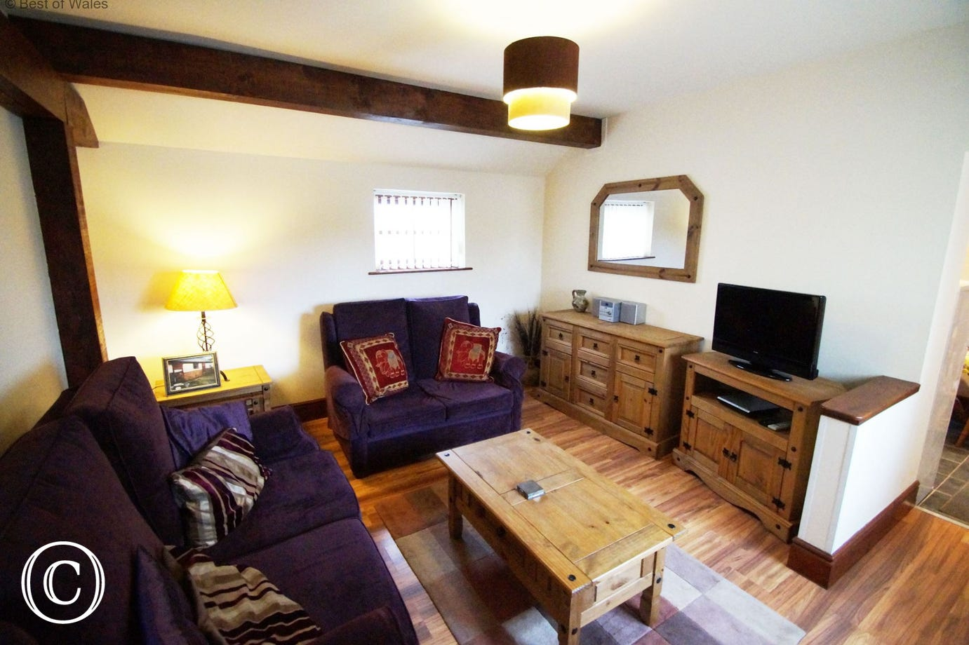 Bwthyn Ysgubor Holiday Cottage near Mathry  - welcoming lounge