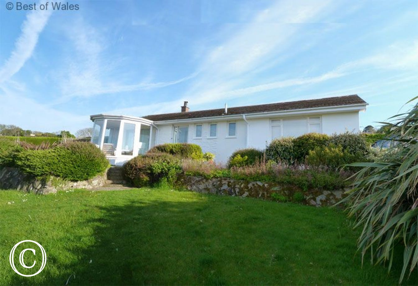 Newport self catering Holiday Cottage