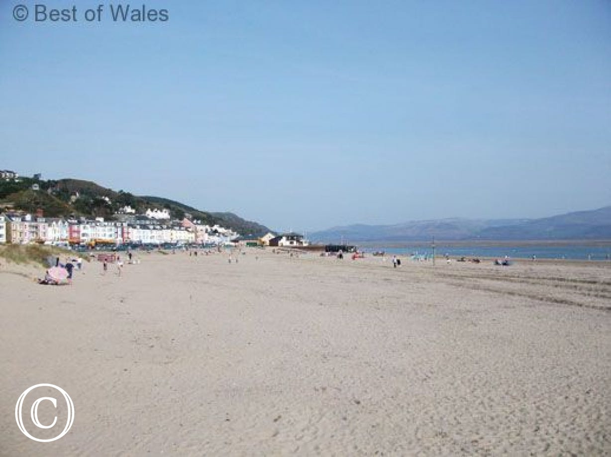 Aberdyfi with its sandy beach, cafes and restaurants is just 6 miles