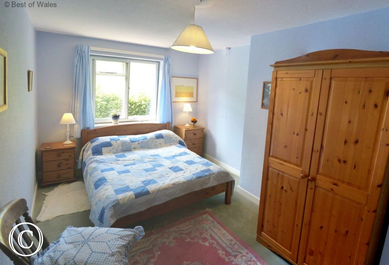 Walking Mid Wales Holiday Cottage - Double Bed