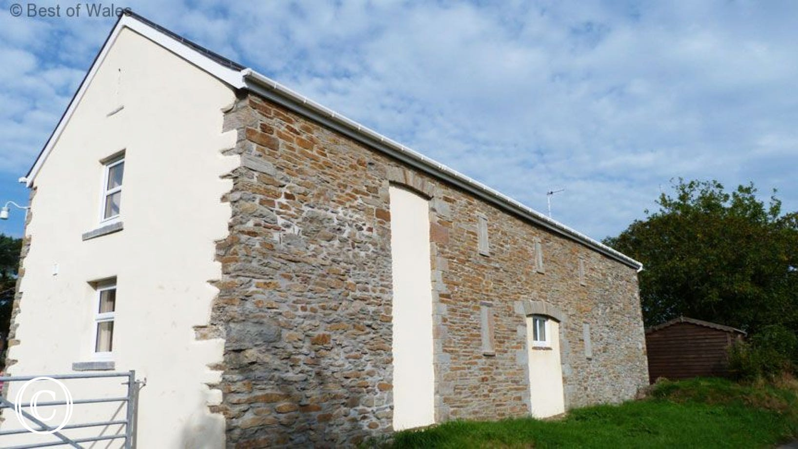 Ysgubor Tawe -  Pontardawe Holiday Cottage