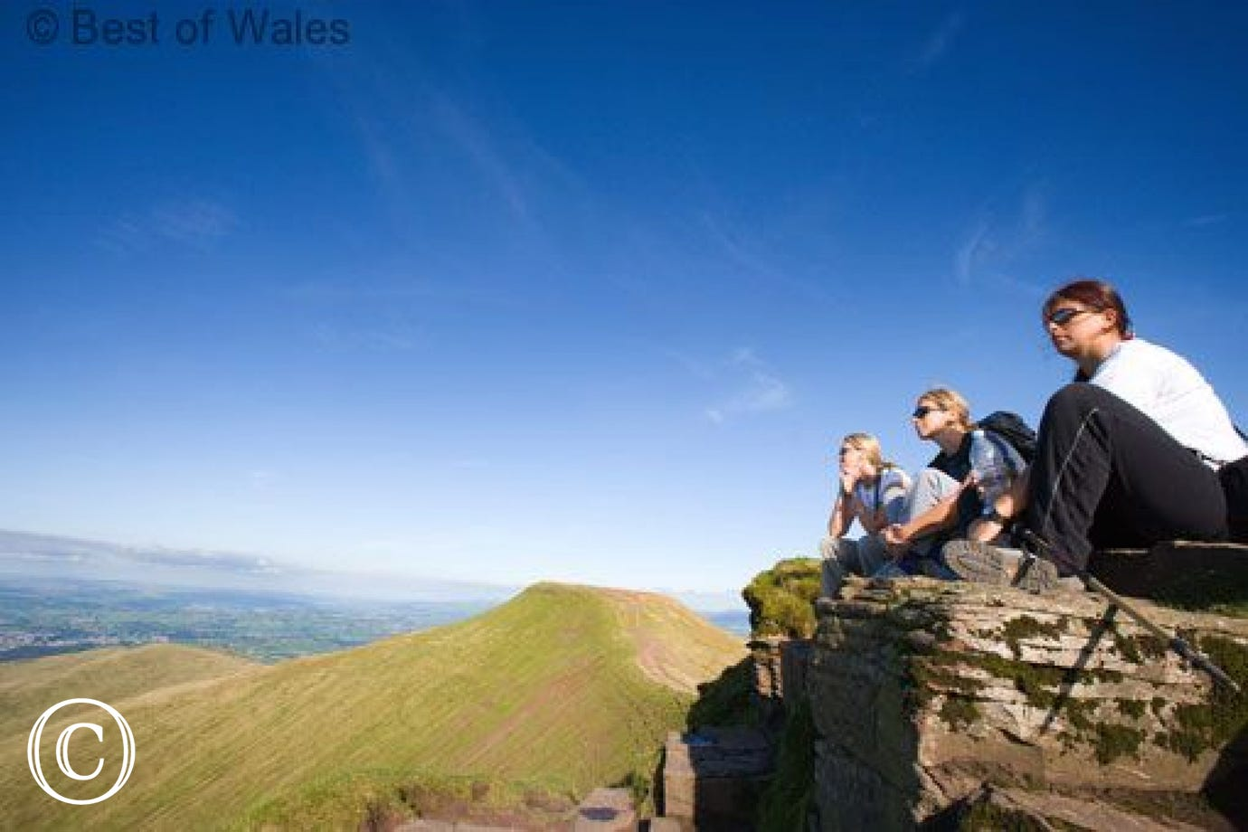 Pet-friendly Brecon Beacons Holiday Cottage - Superb walks from th cottage