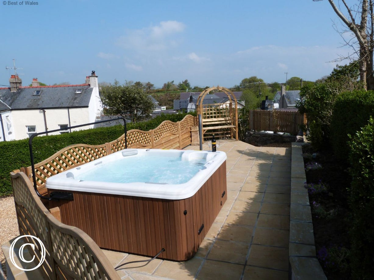 Private, luxury hot tub - perfect for relaxing, whatever the weather