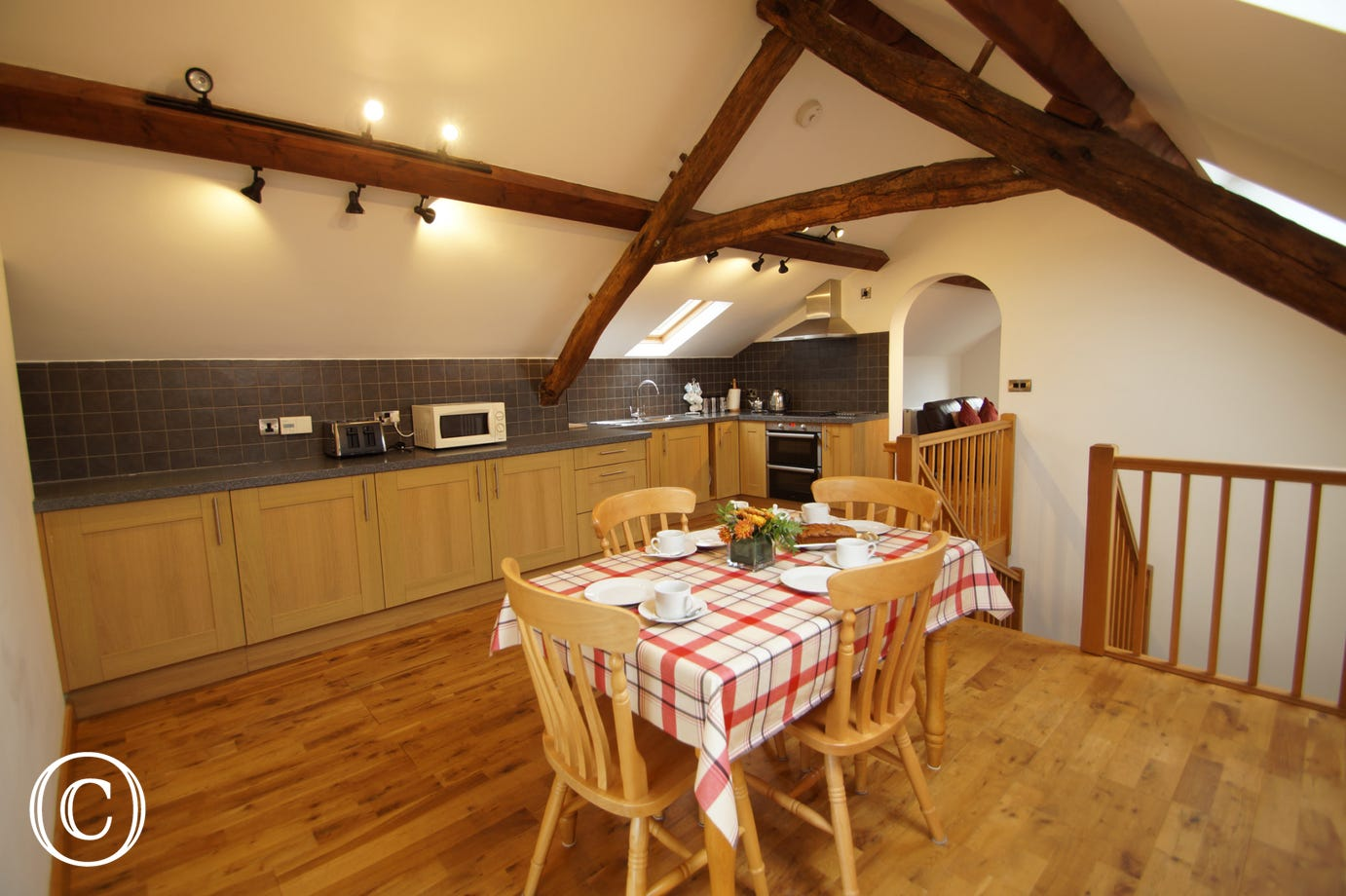 Fully equipped kitchen (inc dishwasher, microwave, cooker, fridge & freezer)