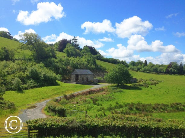 Detached, private and welcoming accommodation in Mid Wales