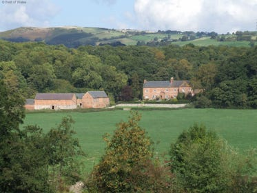 St Asaph Accommodation surrounded by tranquil countryside