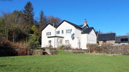 Group accommodation in the Brecon Beacons